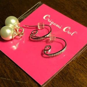 Sterling silver earrings with pearl drops